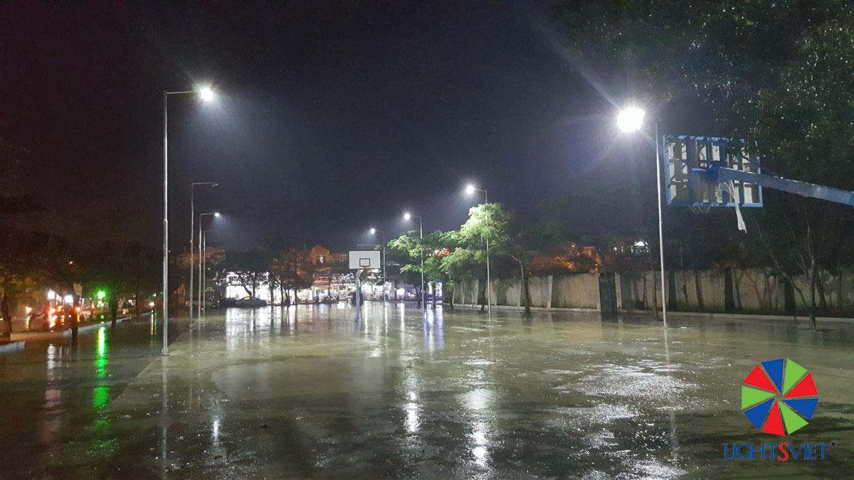 Đèn pha LED sân thể thao