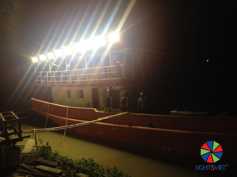 Dự án đèn LED tàu cá vỏ sắt Lightsviet